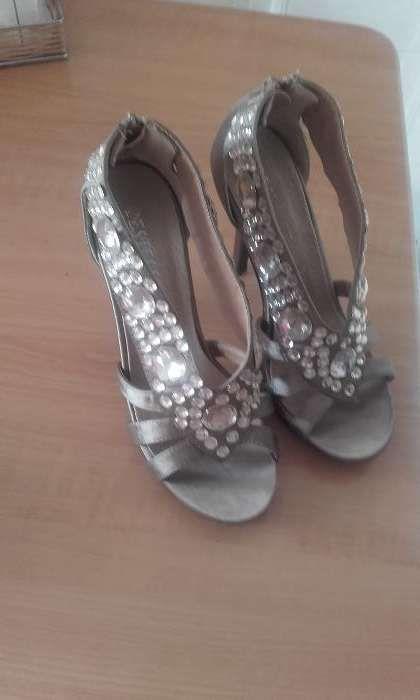 Sapatos 39 Folhadela - imagem 1