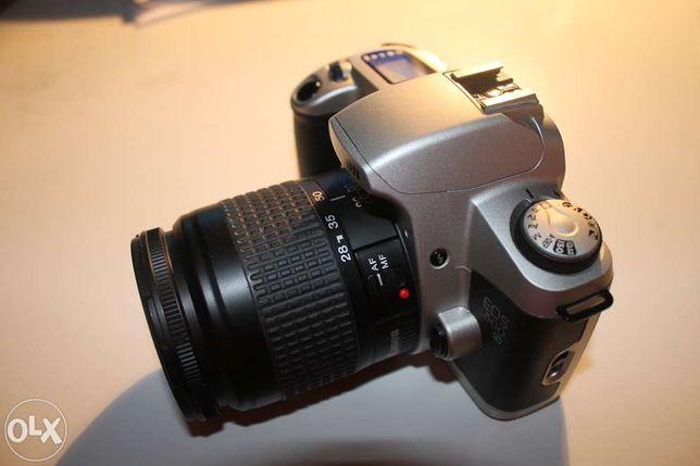 Máquina fotografica canon 500N de rolo