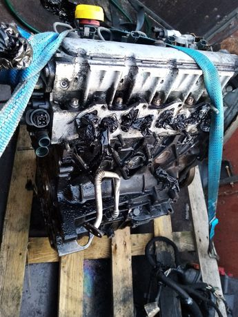 Silnik 1.9 dti Laguna Vivaro Trafic