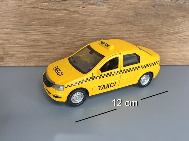 Машинка Такси Технопарк Renault Logan Taxi моделька 1:32 (дефект) б/у