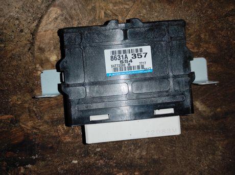 8631A357 Блок управления полным приводом 3.0 Pajero Wagon 4