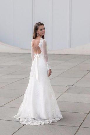 Suknia ślubna Pasarella koronka / długi rękaw