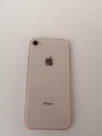 Продам Iphone 8  64 гб
