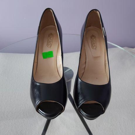 Buty na wysokim obcasie czarne 38