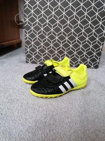 Buty piłkarskie - turfy