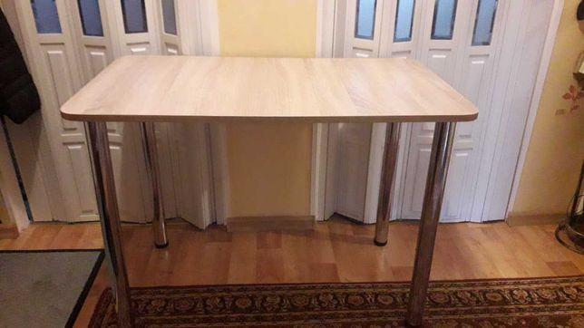 stół  biurko z  przykręcanymi  nogami