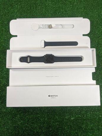 Смарт-часы Apple Watch Series 3 Space Gray / Silver 38 mm GPS
