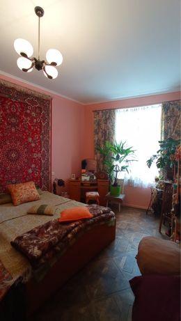 Продається квартира в історичному центрі Львова по вул. Григоровича