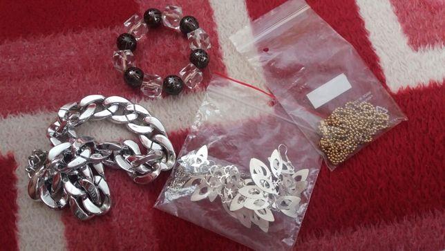Duzo biżuterii wymienię wszystko na srebro lub sprzedaż