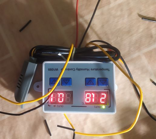 Контроллер температуры на  220 вольт