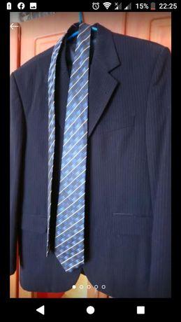 Костюм. Брючний Піджак ,штани,галстук