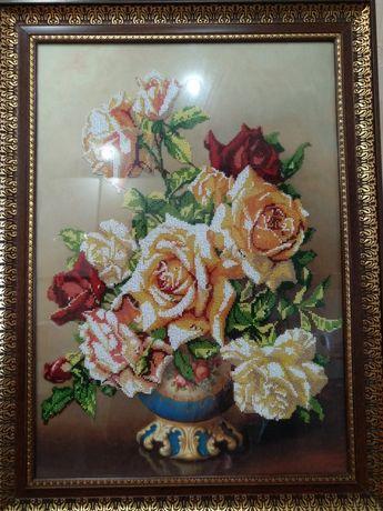 Картина бисером Розы в вазе