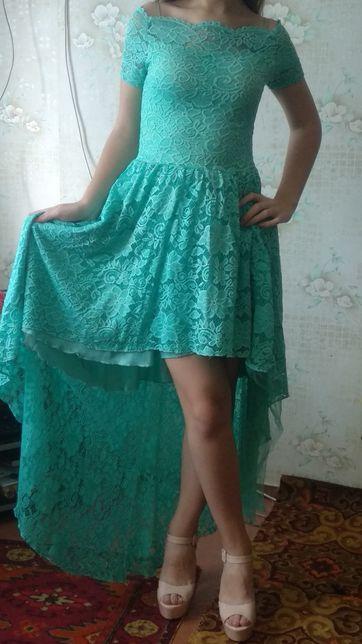 Продам платье вечернее для девушки