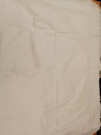 poszewki haftowane na poduszkę