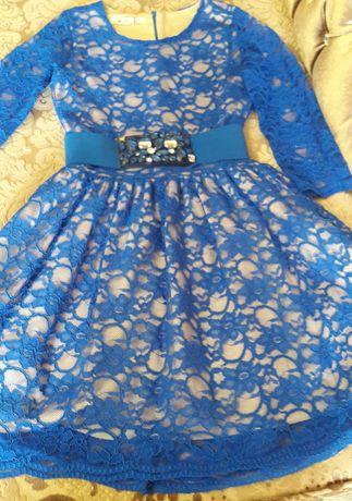 Продам платье гипюровое