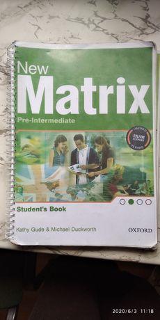 """Продам підручник з англійської мови """"New Matrix"""" в хорошо у стані"""