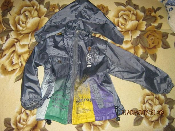 ветровка куртка 4-5лет 100руб