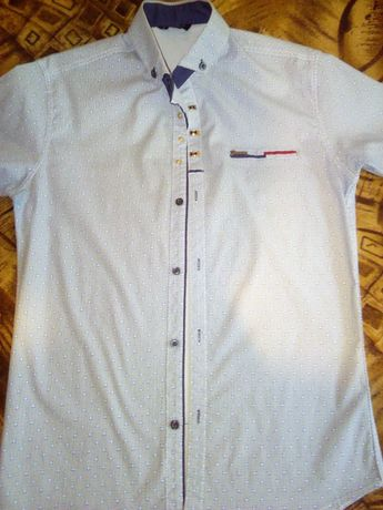 Продам мужскую рубашку.