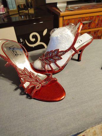 Туфли женские модельные брендовые размер 36-37, 38.