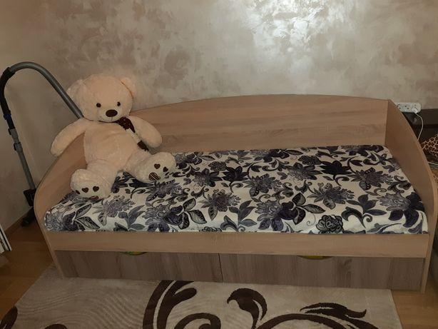 Продам новую кровать .