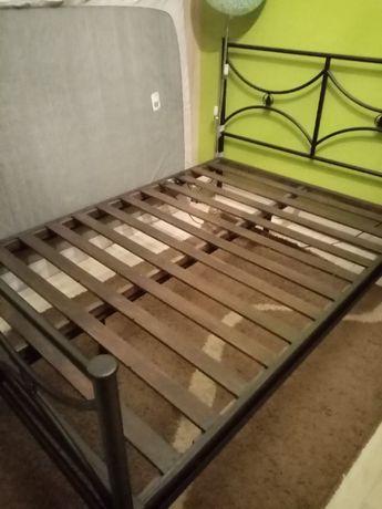 Rama metalowa łóżka