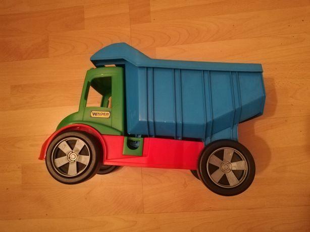 Wywrotka, samochód, ciężarówka firmy wader