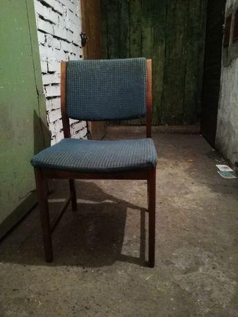 Krzesła z PRL-u