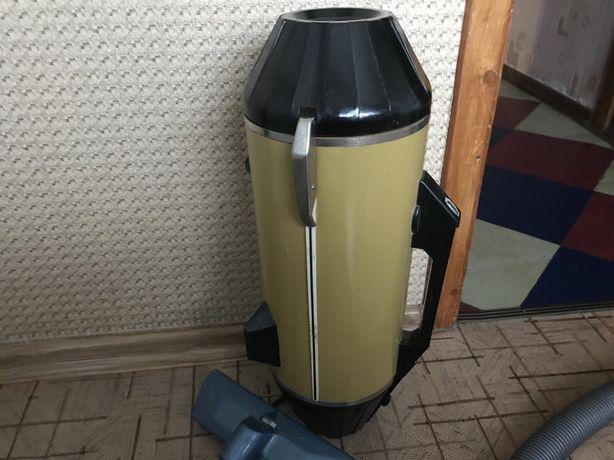 Пылесос ракета  7