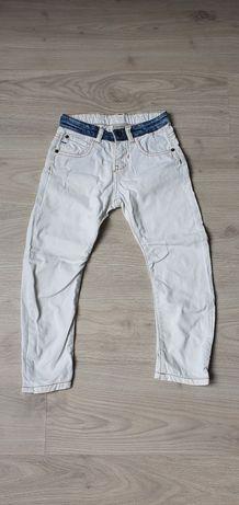 Spodnie Zara białe 116 cm 6 lat jeansy dżinsy