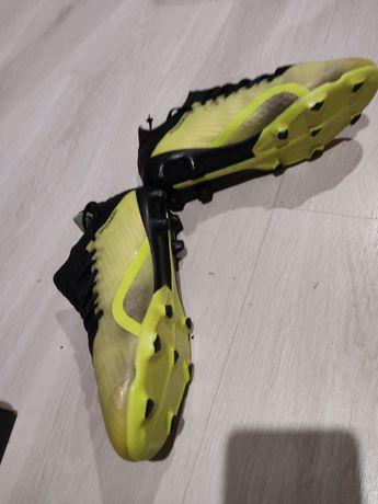 Chuteiras Adidas X 18.1