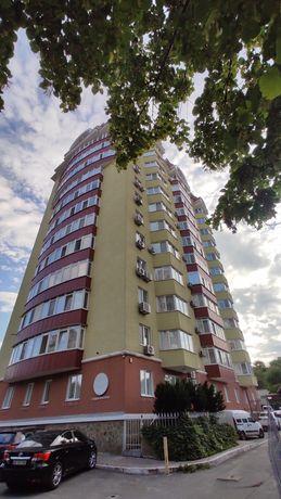 Продам 3 комнатную в Новострое Победа-2  /660 $ за м2/ 103 кв.м