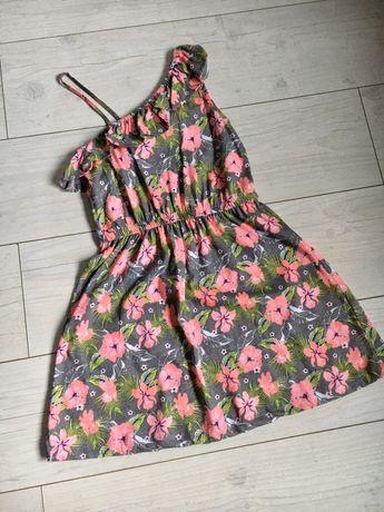 Sukienka kwiaty na jedno ramię 128cm
