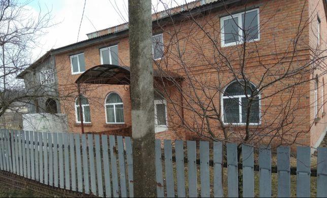 Продам будинок в селі Обеніжи