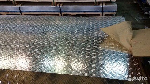 Лист алюминиевый рифленый 1,0х1250х2500 АД0 (1050) квинтет, порезка.