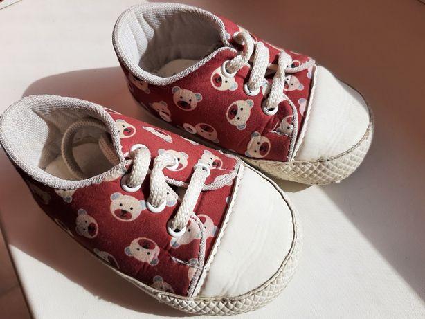 Взуття дитяче 19 розмір