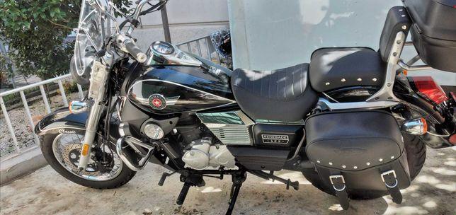 Moto UM Renegade Commando 125 Seminova
