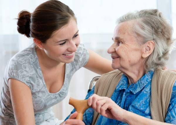 Dou Apoio a idosos e empregada doméstica