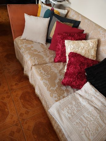 Sofá tipo chaise long