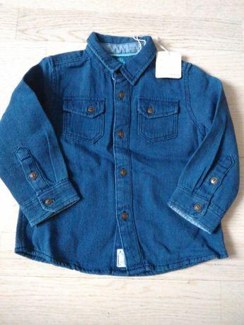 новая модная джинсовая рубашка