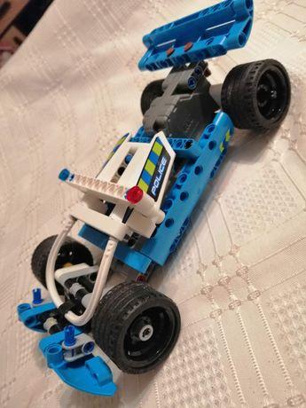 Klocki LEGO technic Policyjny pościg