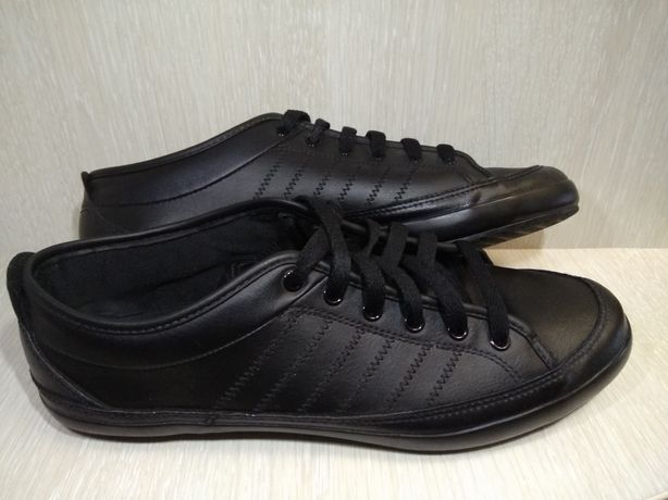 Adidas originals кроссовки, кеды, сникерсы ,41 р ,обувь,криперы,форсы