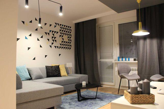 Wynajmę Apartament z garderobą w Centrum Miasta - Po Remoncie