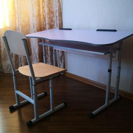 Парта ученическая и стул