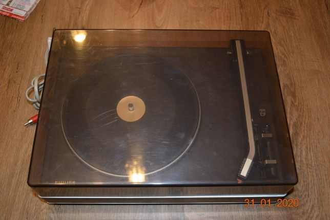 Gramofon Philips 214