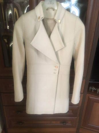 Продам стильні пальта по доступній ціні