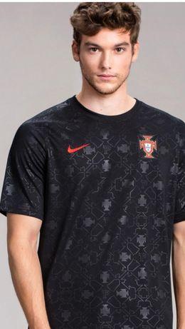 Novamente a camisola Preta Portugal