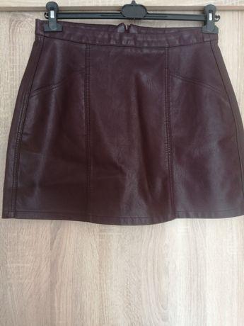 Śliwkowa spódnica ekoskora rozmiar XL