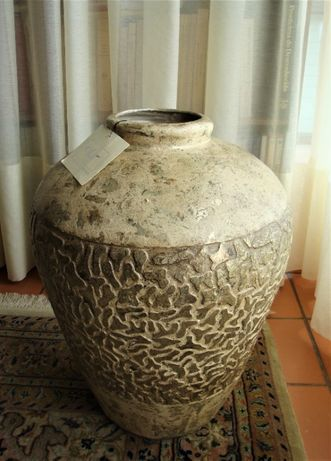 Jarrão da Lam Lee Collection - OLF em resina fundida