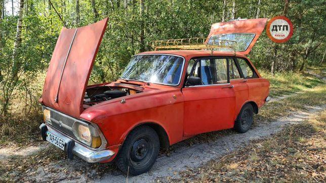 Продам машину москвич комби 2125