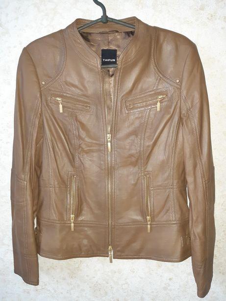 Фирменная, стильная кожзам куртка.
